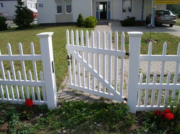Необходим ли забор на даче?